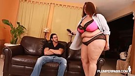 Sexy Latina BBW Beauty Sofia Rose Fucks